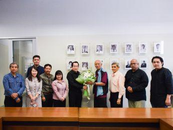 คณะมัณฑนศิลป์ขอแสดงความยินดีกับ อาจารย์เสวต เทศน์ธรรม ที่ได้รับการประกาศเชิดชูเกียรติเป็นศิลปินแห่งชาติ สาขาทัศนศิลป์ (ประติมากรรม) ประจำปี 2560